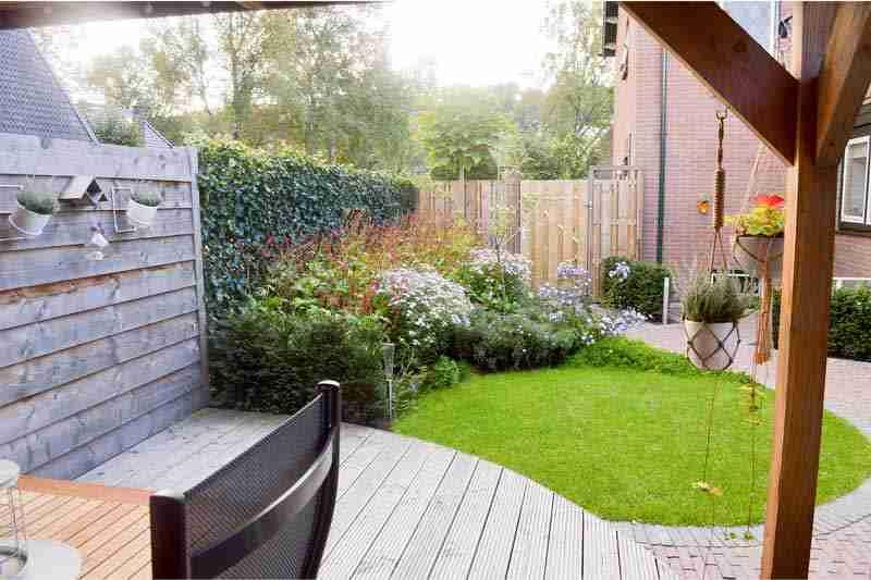 tuinontwerp-voorbeeld-voor-en-na-3b-apeldoorn-door-hovenier-bk-tuinen