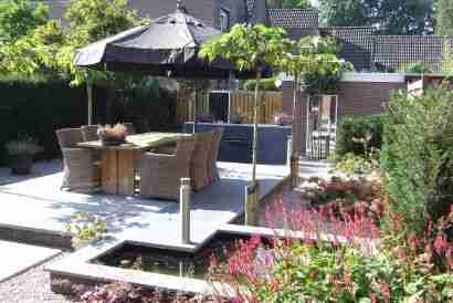 Hovenier Apeldoorn en Vaassen BK Tuinen ontwerp aanleg onderhoudBakhuis 2008 004